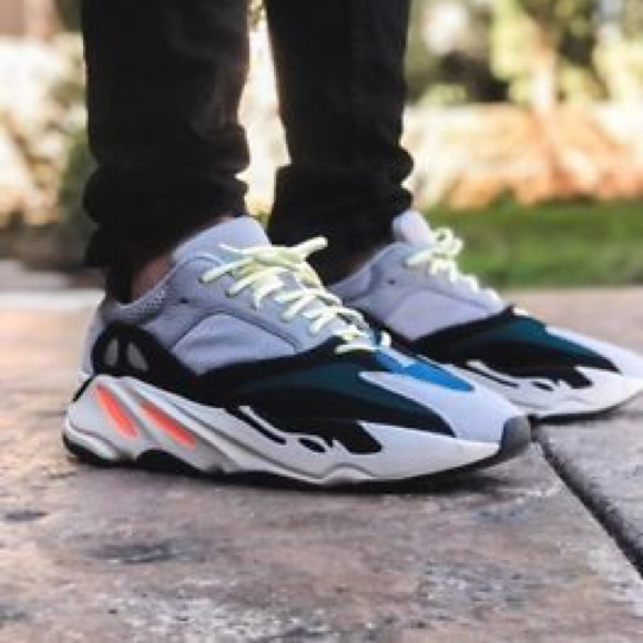 Yeezy Wave Runners 700 bacc9ab3a